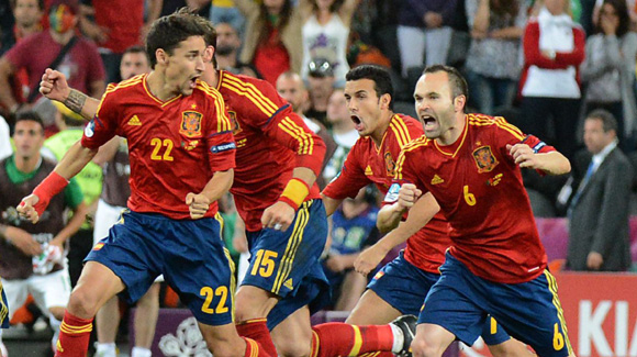 Highlights Euro 2012: Portugal 0 - Spanyol 0 (Adu Pen: 2-4)
